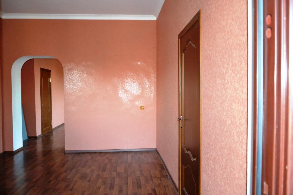 Продается дом в г. Белореченск, Краснодарский край со всеми удобствами.